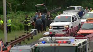 2 dead after car plunges into river off garden state parkway in clark township nj abc7ny com