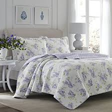 Amazon.com: Laura Ashley 221052 Keighley Lilac Quilt Set,Lilac ... & Laura Ashley 221052 Keighley Lilac Quilt Set,Lilac,King Adamdwight.com