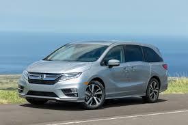 2018 Honda Odyssey Silver Driver Front Quarter  D