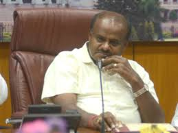 More Trouble For Hdk Another Independent Mla Quits Govt Extends