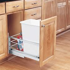 Traditional Kitchen Design With Single Pull Out Trash Can In Cabinet