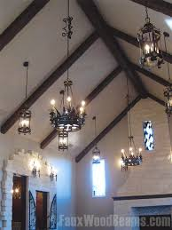 apex roofs and cathedral ceilings can have beams running either way