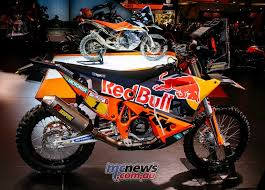 2018 ktm 450 rally. contemporary 450 ktm 790 adventure r prototype sits behind the fullmonty 450 rally race  machine to 2018 ktm rally