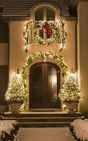 BEAUTIFUL OUTDOOR CHRISTMAS PORCH DECORATION IDEAS Godfather