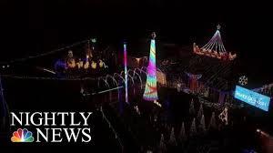 Nbc News Christmas Lights Georgia Family Puts On Christmas Light Show Spectacular Nbc Nightly News