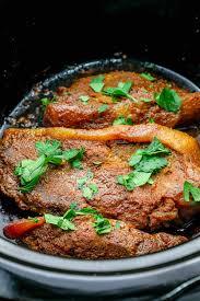 keto easy slow cooker pork steaks pork