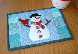 12 Small Quilted Christmas Projects | Quilt Show News & I have found some more adorable small quilting projects perfect for giving,  or for keeping in your own ... Adamdwight.com