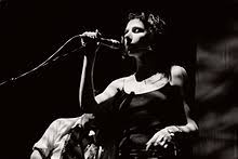 PJ Harvey - Wikipedia
