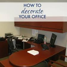 How to decorate your office Ways Decorateofficepin Abode Quality Bath Decorating Your Office Walls Corporettecom