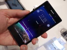 Hands-on with the 20.7MP Sony Xperia Z1 ...