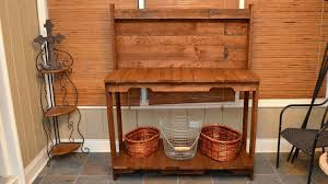 build a garden potting work table for free out of old wood pallets you