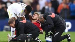 FC Liverpool gewinnt ungefährdet bei Leeds United - Harvey Elliott verletzt  sich schwer am Bein - Eurosport