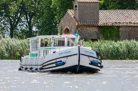 H2olidays: self drive houseboat detail