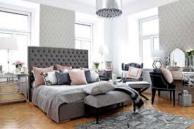 Graues Zimmer Good Einrichten Graues Bett Graues Holzbett Gestalten