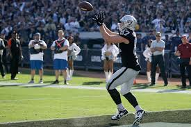 Raiders 2012 Depth Chart Oakland Raiders Rookie Foster Moreau Emerging As Red Zone