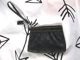 Women s COACH SIGNATURE CLUTCH Wristlet Black Pleated Medium Monogram Purse  Bag
