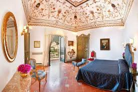 Badroom Decorating Italian Style, Ceiling Painting And Floor Tiles.  Beautiful Bedroom Decorating Ideas In Traditional Italian Style