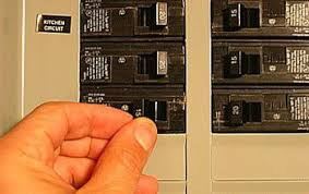 how to safely turn off power at the electrical panel air conditioner circuit breaker outside at Ac Fuse Breaker Box