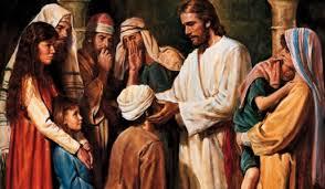 Resultado de imagem para jesus curando os enfermos