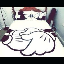 remarkable mickey and minnie kissing bedding o2956276 mickey and minnie mouse bedding kissing