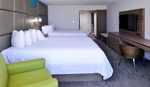 queen bed side view. Side Ocean View, 2 Queen Beds. Bedroom Bed View