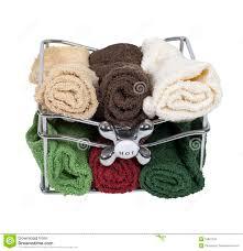 Bad Tücher In Einem Korb Mit Hahn Griff Stockbild Bild Von