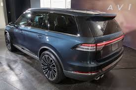 Pre-Production Lincoln Aviator Is What a Luxury SUV Should Be ...