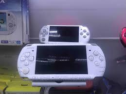 MÁY PSP 3000 hack full 4 phụ kiện chính hãng nhật, giá tốt nhất 3,000,000đ!  Mua nhanh tay!