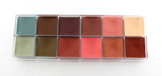 make up for ever neutral flash palette open