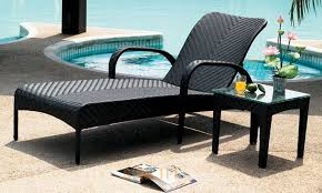 outdoor chaise lounge chairs for pool area