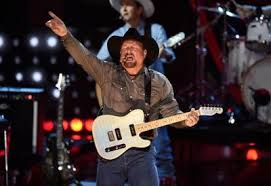 The Garth Brooks Concert At Albertsons Stadium Sold Out Fast