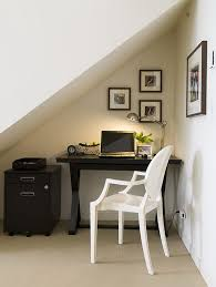 small home office space home. Source : Heiton Buckley Small Home Office Space