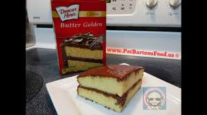 Duncan Hines Classic Butter Golden Cake With Homemade Chocolate