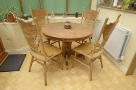 round pine dining table 4 chairs
