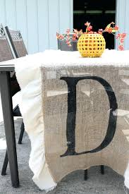 diy burlap table runners make this burlap table runner with monogram for your home i love the simple how to make burlap table runners for round tables