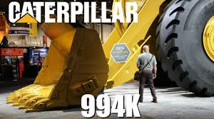 Caterpillars Biggest Wheel Loader The Statistics Behind The Size