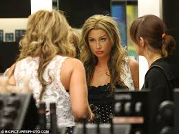 i m a makeup artist and i have a bad retion