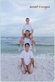 Family Beach Pictures Best 25 Family Beach Poses Ideas On Pinterest Family Beach