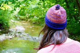 Follow the Trail pattern by Tisserin Coquet - Ravelry