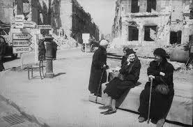 Resultado de imagen de mujeres en  berlin ocupado