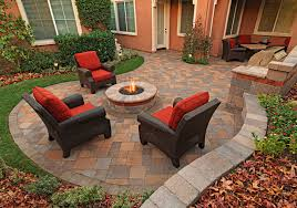 paver patio with retainer wall and fire pit