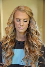 Big Bouncy Curls A Dirty Blonde Hair Colour And Love The Fresh