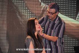 lakme make up expert cory wallia showcases