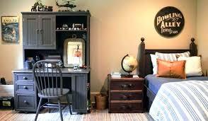 cool bedroom decorating ideas. Interesting Bedroom Room Designs For Guys Cool Bedroom Astonishing  On Bedrooms On Cool Bedroom Decorating Ideas W
