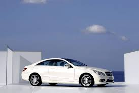 And the mercedes benz e class coupe was the perfect choice. Mercedes Benz E Klasse Coupe C207 2013 Photos 5 On Motoimg Com