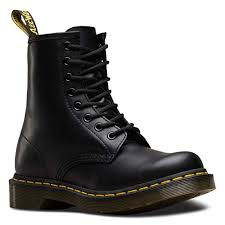 Dr <b>Martens Women's Boots</b>: Amazon.com