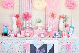 Princess baby shower ideas with cute wall