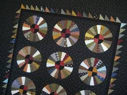 35 best Wagon wheel quilts images on Pinterest   Bees, Carpets and ... & wagon wheel quilt Adamdwight.com