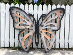 Mariposa wall decor is available in a variety of color options, and each set contains nine butterflies ranging in size from lg: Mom Gift Butterfly Wood Wall Art Sign Etsy Wood Butterfly Butterfly Wall Decor Butterfly Wall