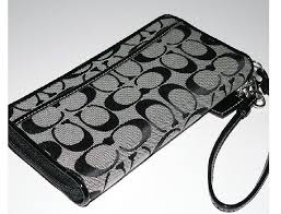 COACH BLACK SIGNATURE WALLET WRISLET LARGE ZIP AROUND  43811 ---- S 200